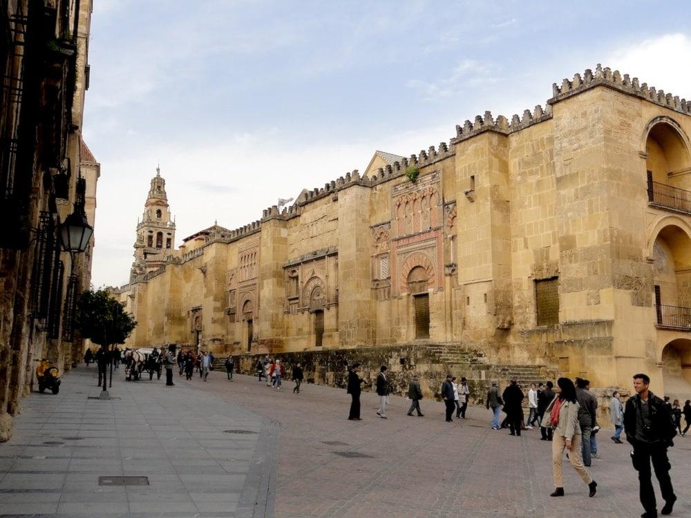 Mezquita catedral de c rdoba viaje al atardecer for Exterior mezquita de cordoba