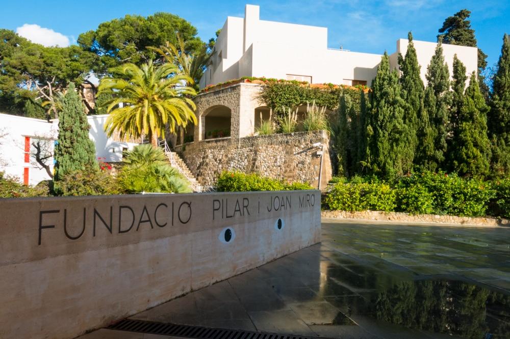 Fundacion Pilar i Miro