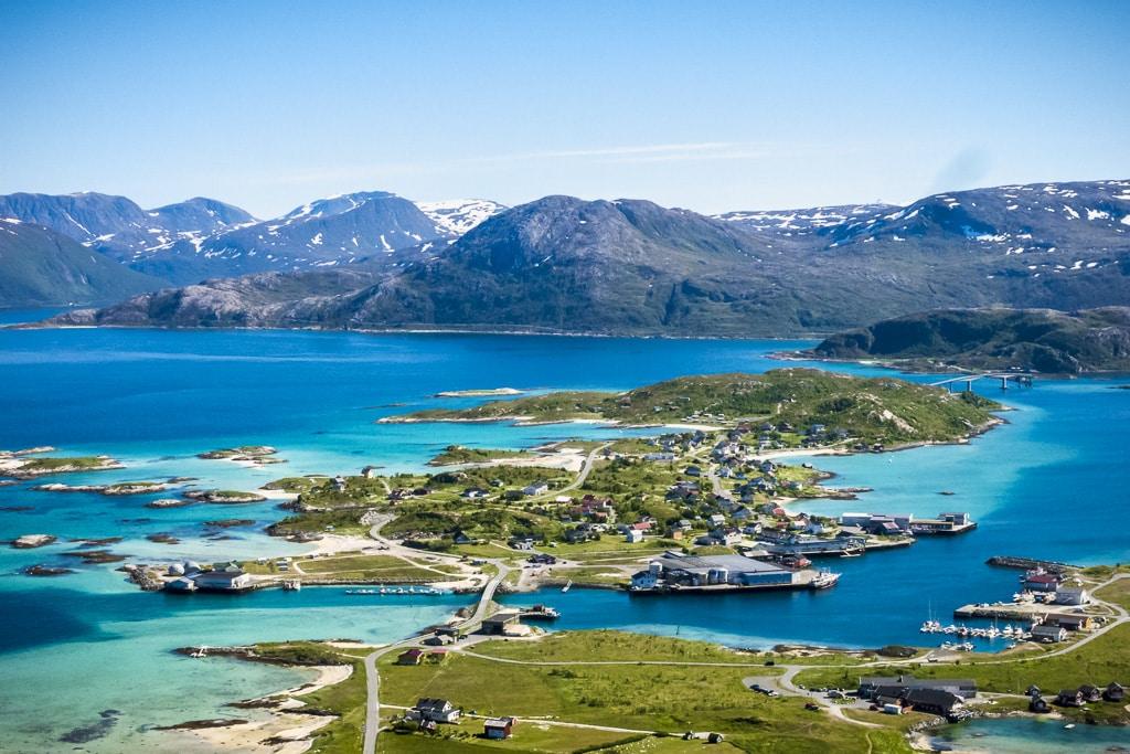 Qu ver en troms noruega viaje al atardecer for Oficina de turismo de noruega